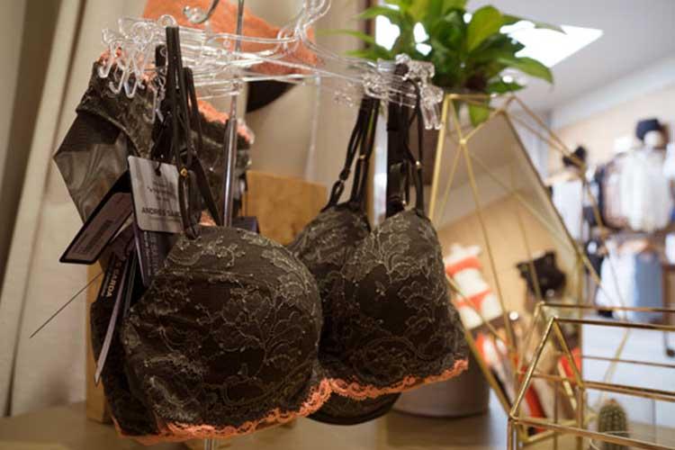 interieur lingerie femina-bh