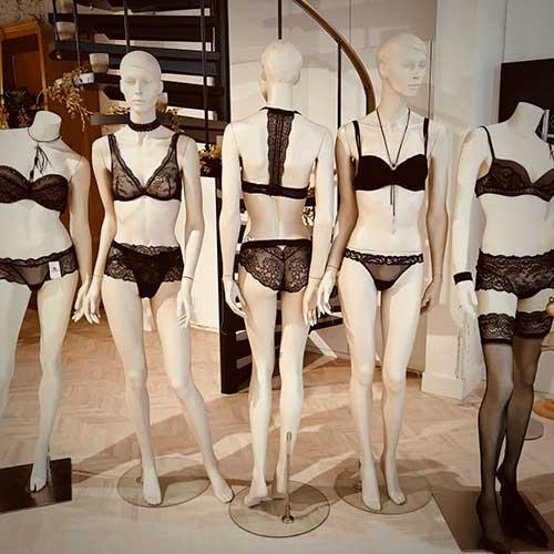 lingerie-femina etalage zwarte lingerie