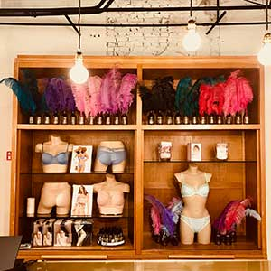 Sint niklaas lingerie-femina-interieur-kast