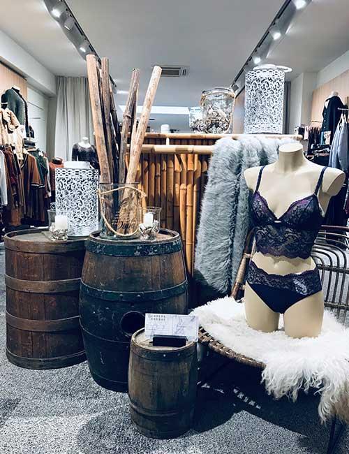 lingerie-femina-etalage-novemberr-fashion-lingeriebar