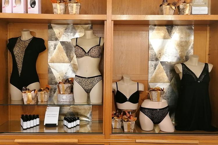 lingerie-femina-winkel-kast